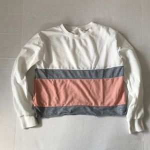 Tops - White pink gray crop long sleeve top
